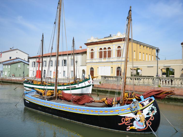 il Museo della Marineria si affaccia sul Portocanale di Cesenatico